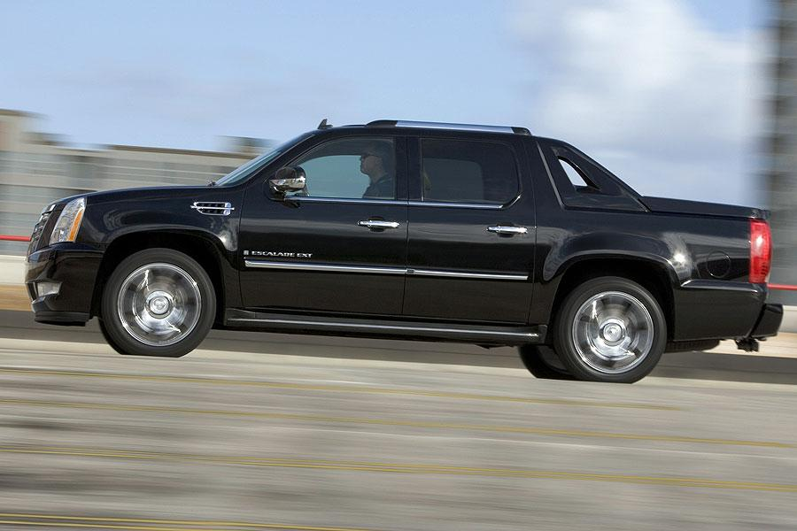 2007 Cadillac Escalade EXT Photo 6 of 9