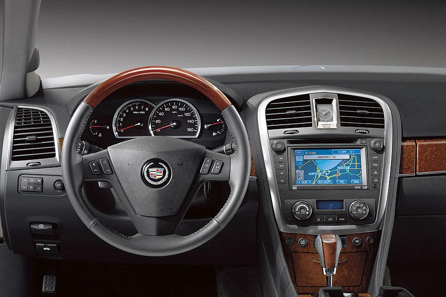 2007 Cadillac SRX Reviews, Specs and Prices | Cars.com
