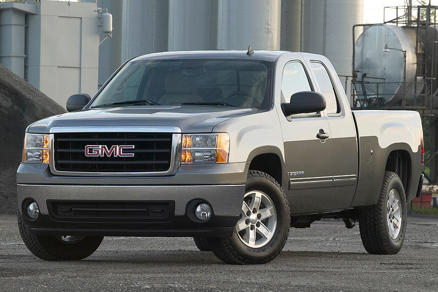 2007 GMC Sierra 1500 Photo 2 of 10
