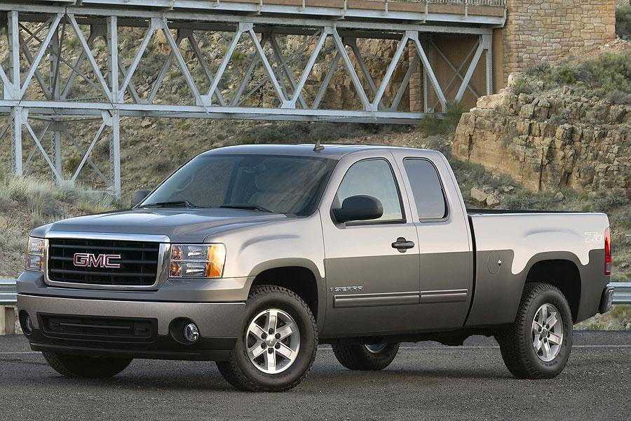 2007 GMC Sierra 1500 Photo 3 of 10