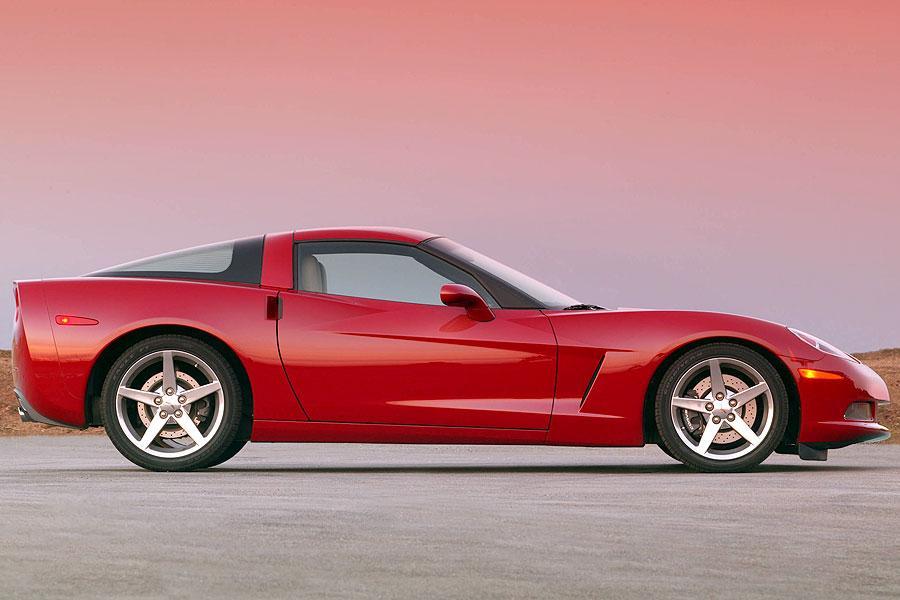 2007 Chevrolet Corvette Specs, Pictures, Trims, Colors ...
