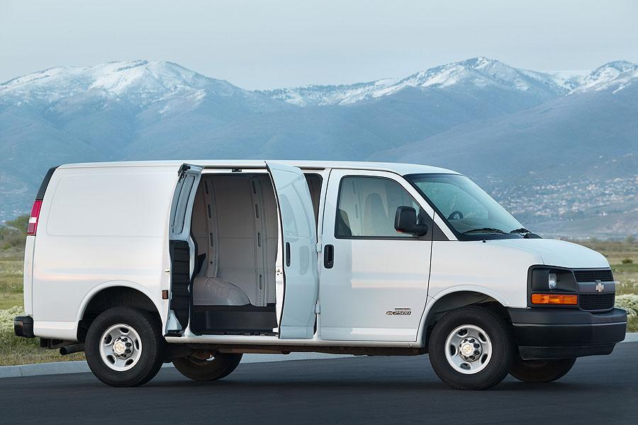 2007 Chevrolet Express 1500 Photo 3 of 6
