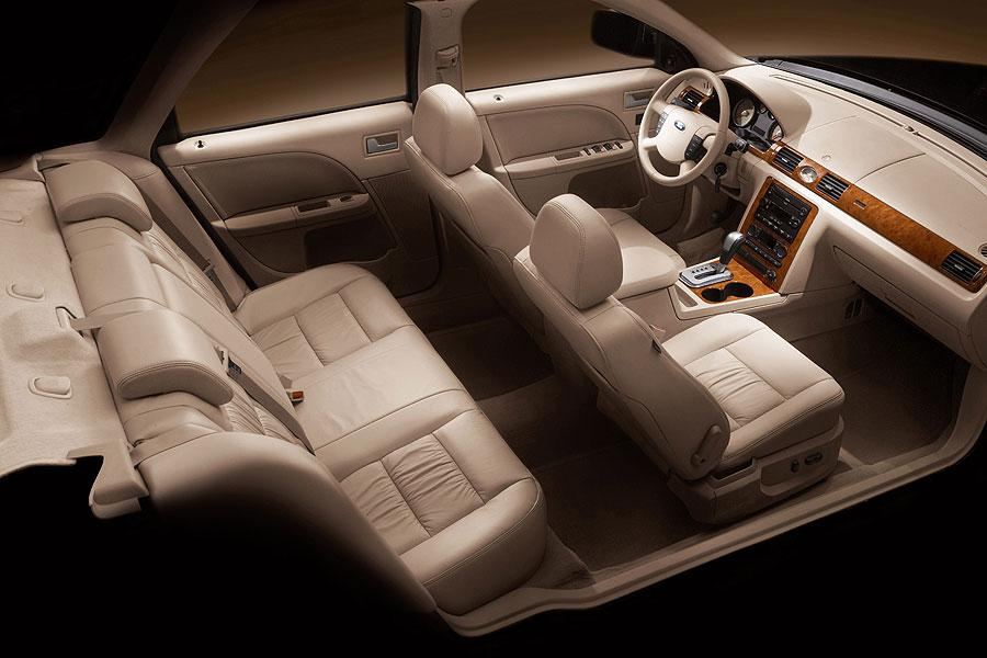 ford five hundred sedan models price specs reviews. Black Bedroom Furniture Sets. Home Design Ideas