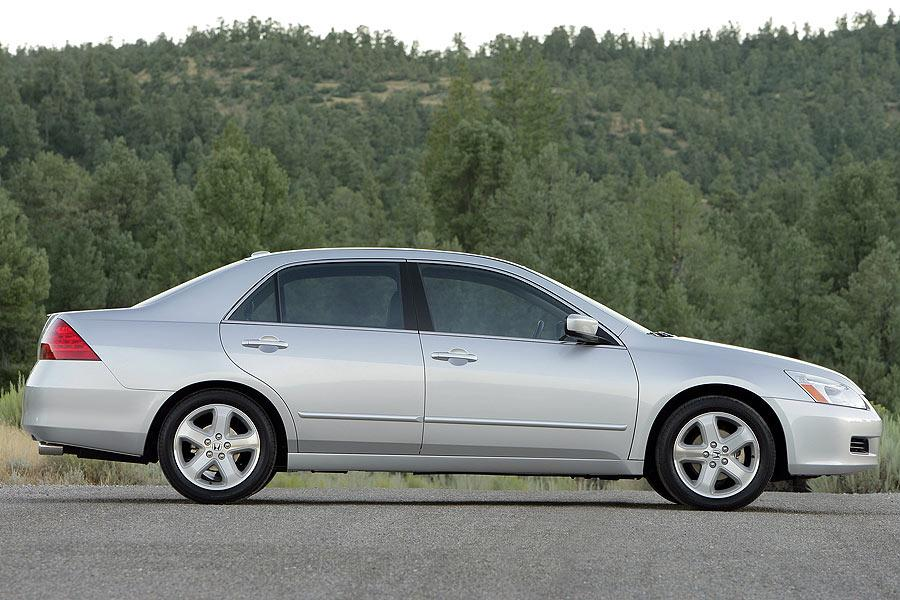 2007 Honda Accord Specs Pictures Trims Colors Cars Com
