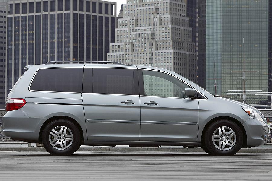 2007 Honda Odyssey Photo 3 of 20