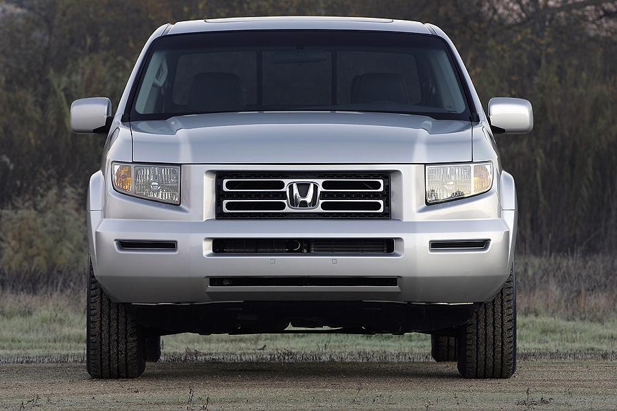 2007 Honda Ridgeline Photo 4 of 15