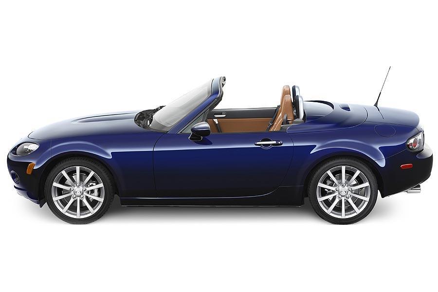 Best Suv For The Money >> 2007 Mazda MX-5 Miata Specs, Pictures, Trims, Colors || Cars.com