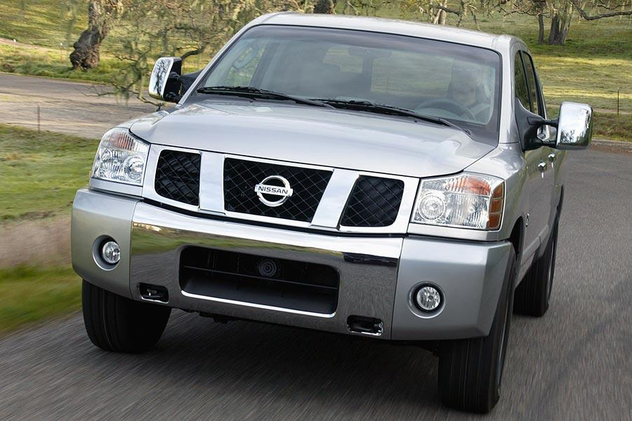 2007 Nissan Titan Photo 2 of 7