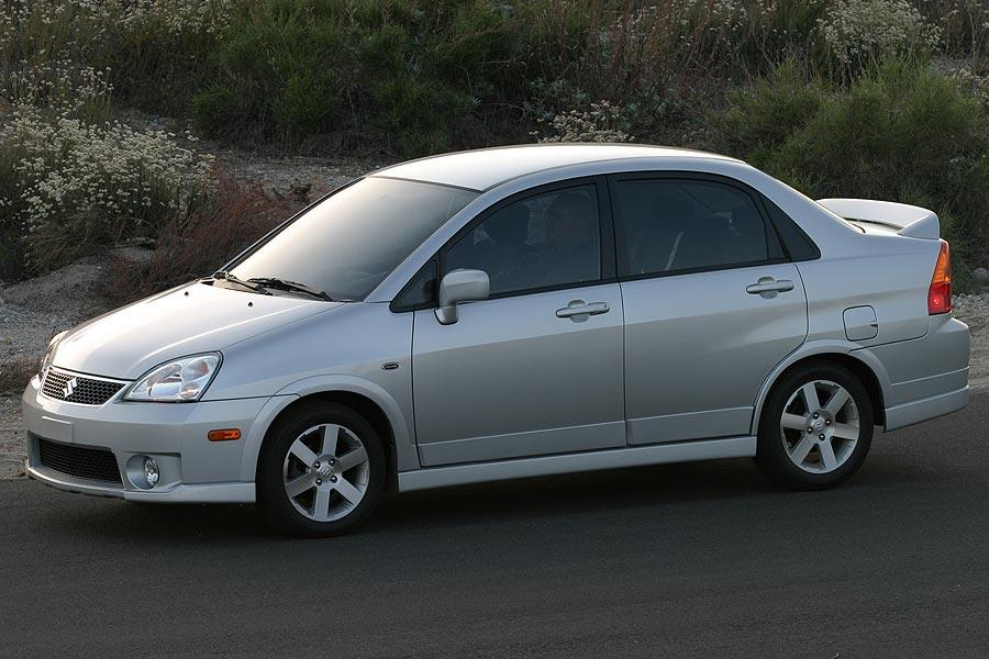 2007 Suzuki Aerio Photo 2 of 4