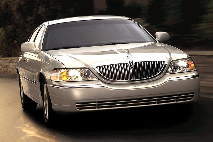 2007 Lincoln Town Car Photo 3 of 4