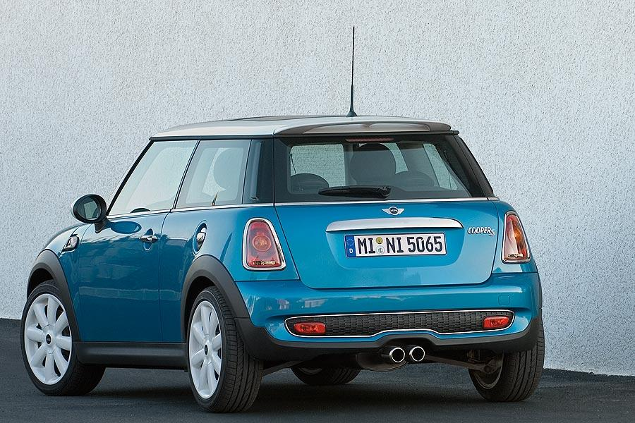2007 MINI Cooper S Photo 4 of 7