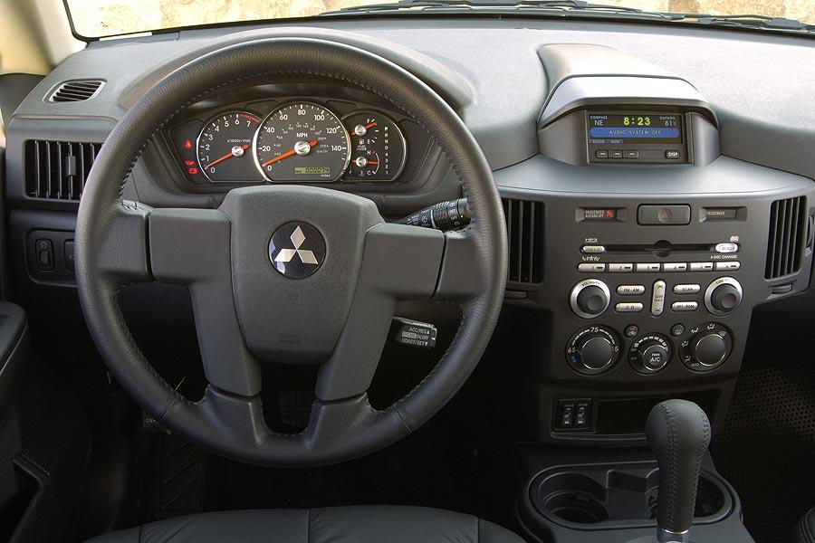 on 2006 Mitsubishi Endeavor
