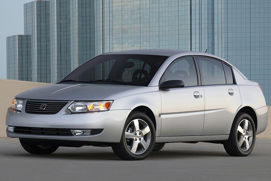 2007 Saturn Ion Photo 2 of 4