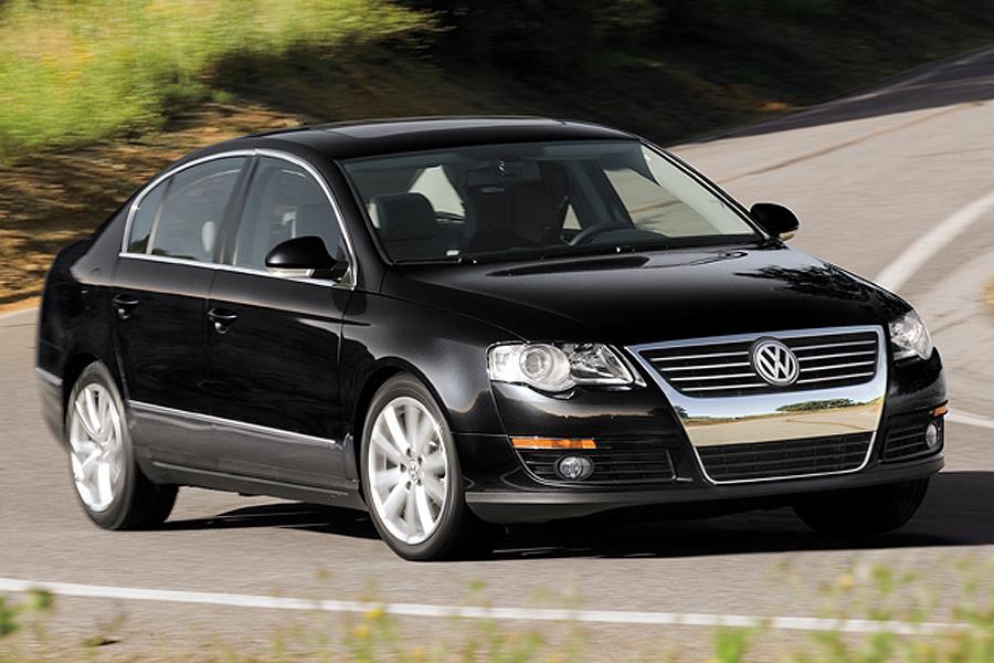 2007 Volkswagen Passat Photo 2 of 9