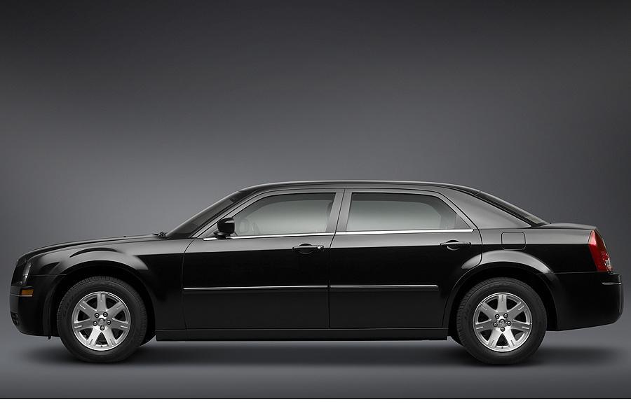 2007 Chrysler 300 Photo 5 of 10