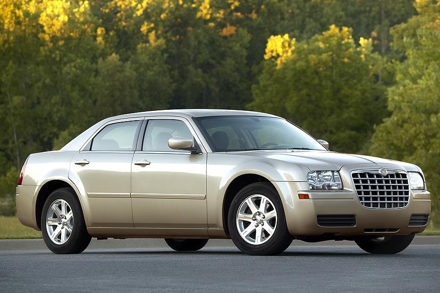 2007 Chrysler 300 Photo 6 of 10
