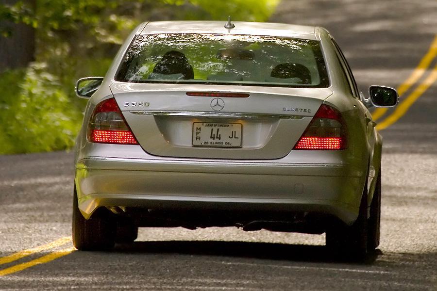 2007 Mercedes-Benz E-Class Photo 5 of 14