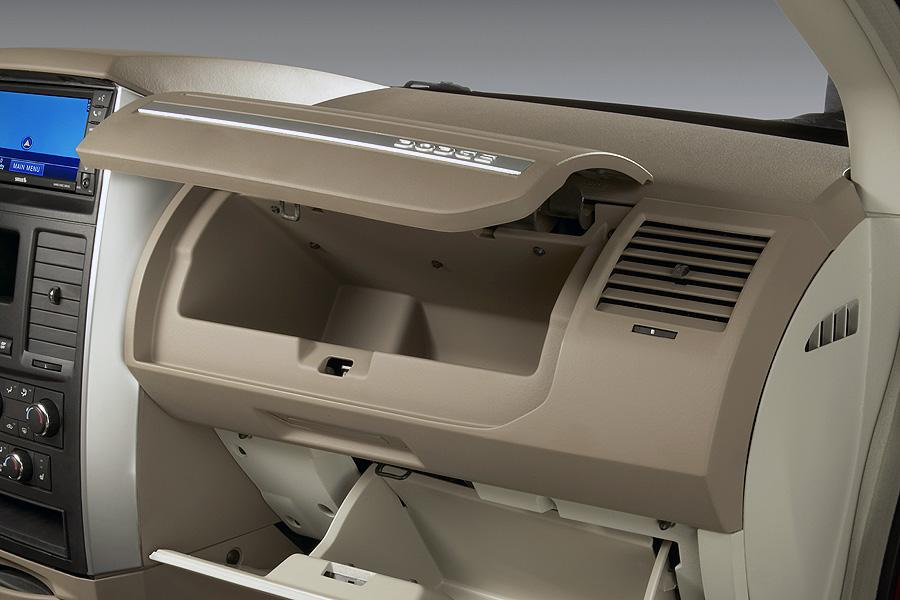 Img Cab Ddv A likewise Chrysler Voyage Caravan Engine further  together with  also Cs B R. on 1994 dodge grand caravan