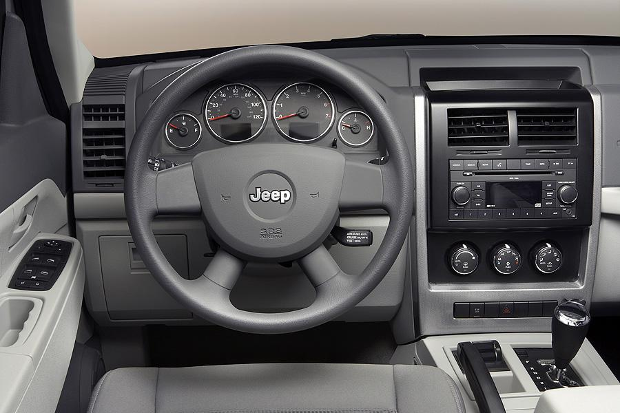 Jeep Liberty Mpg >> 2008 Jeep Liberty Reviews, Specs and Prices | Cars.com