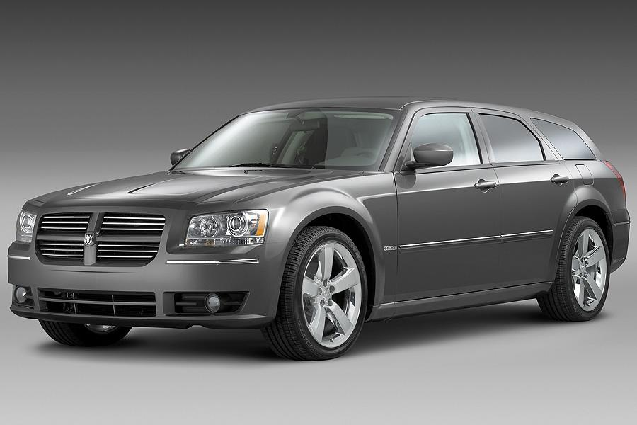 2008 Dodge Magnum Photo 2 of 17