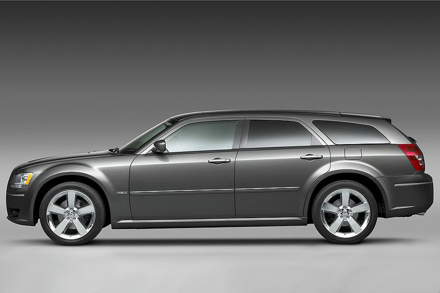 2008 Dodge Magnum Photo 4 of 17