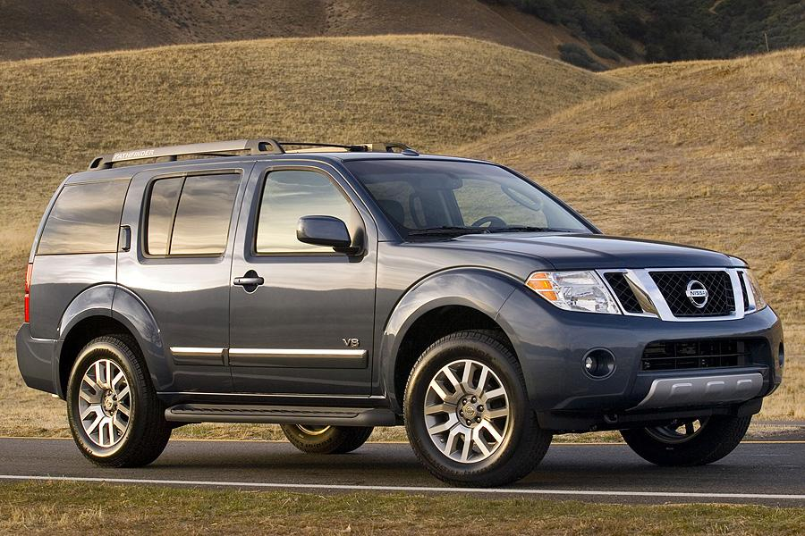 2008 Nissan Pathfinder Photo 1 of 10