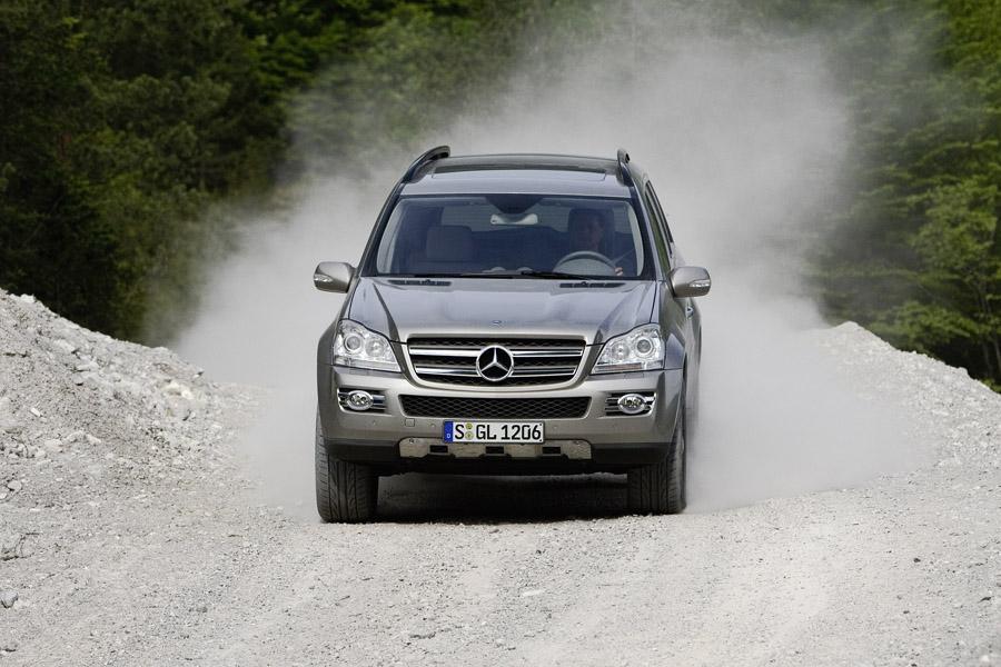 2008 Mercedes-Benz GL-Class Photo 2 of 12