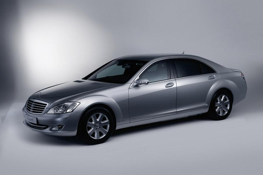 2008 Mercedes-Benz S-Class Photo 1 of 12