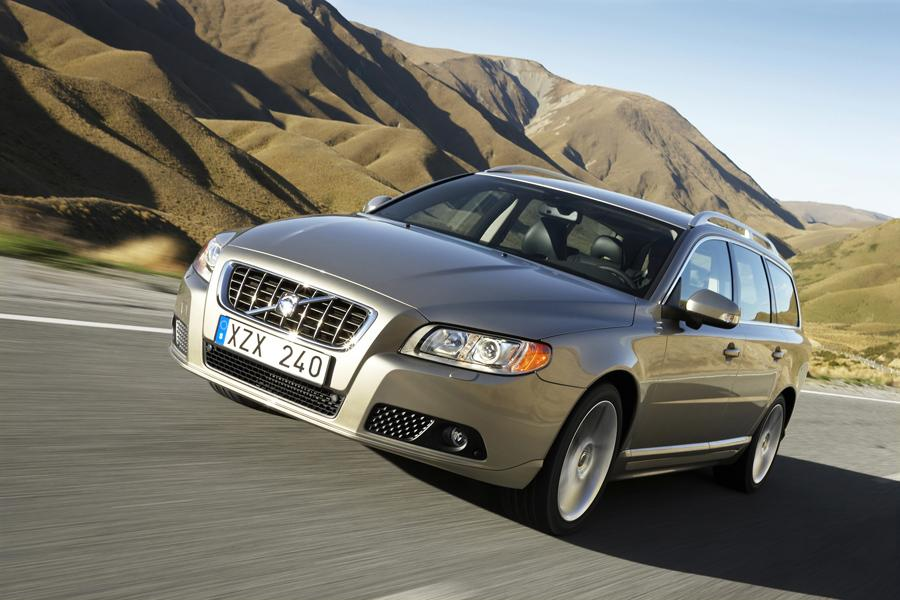 2008 Volvo V70 Photo 2 of 11