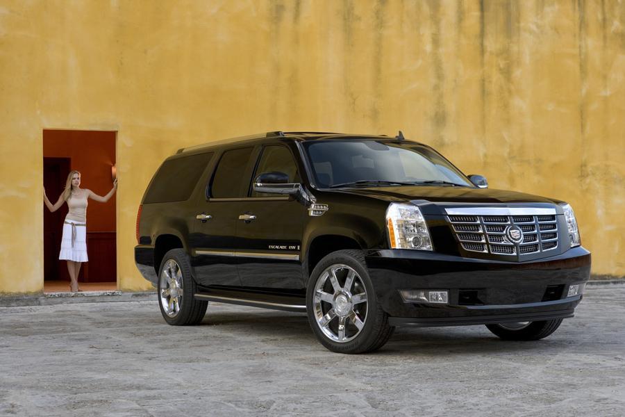 2008 Cadillac Escalade ESV Photo 3 of 3