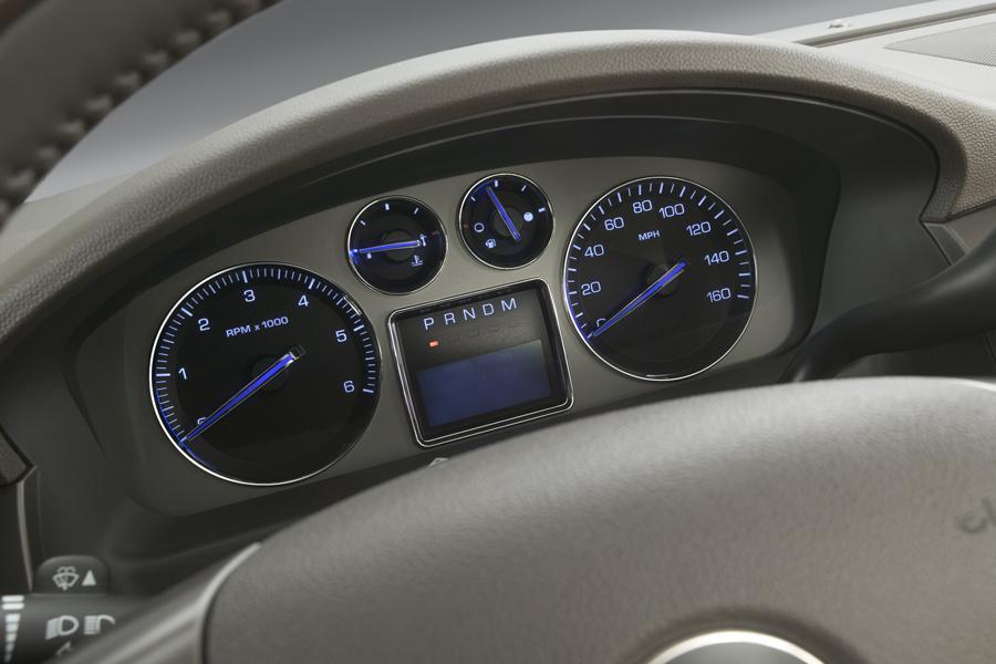 2008 Cadillac Escalade Photo 5 of 7