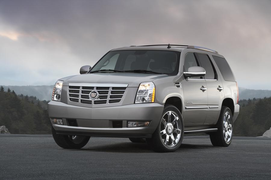 2008 cadillac escalade overview. Black Bedroom Furniture Sets. Home Design Ideas