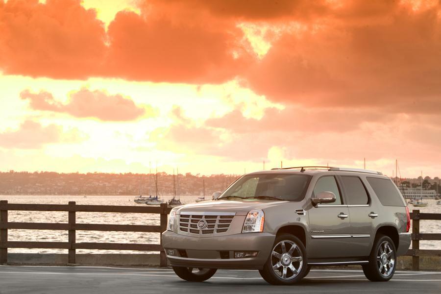 2008 Cadillac Escalade Photo 4 of 7