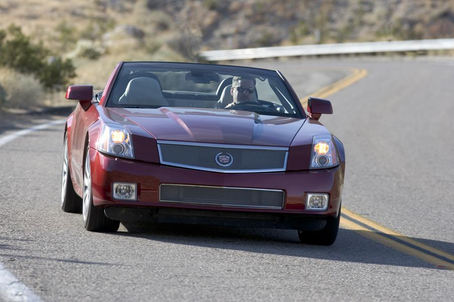 2008 Cadillac XLR Photo 3 of 5