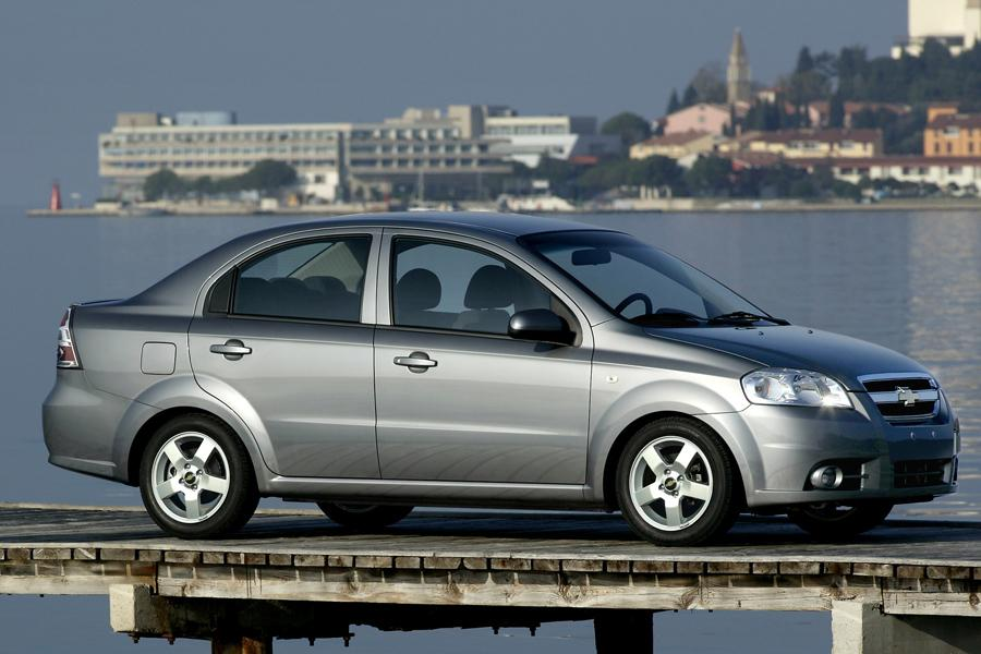 2008 Chevrolet Aveo Photo 4 of 5