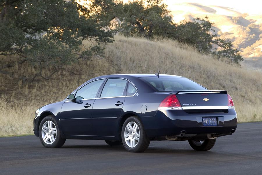 2008 Chevrolet Impala Photo 3 of 14