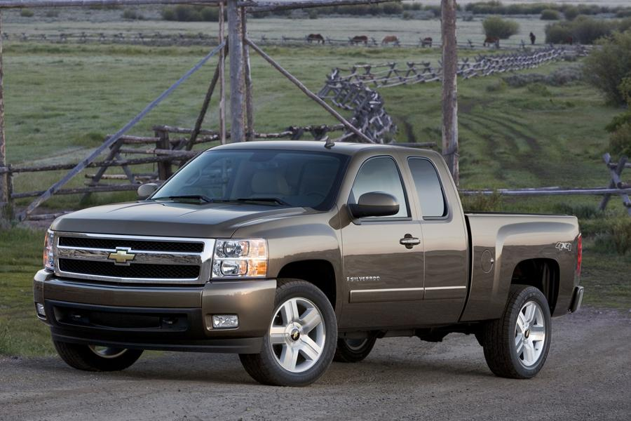 2008 Chevrolet Silverado 1500 Photo 1 of 11
