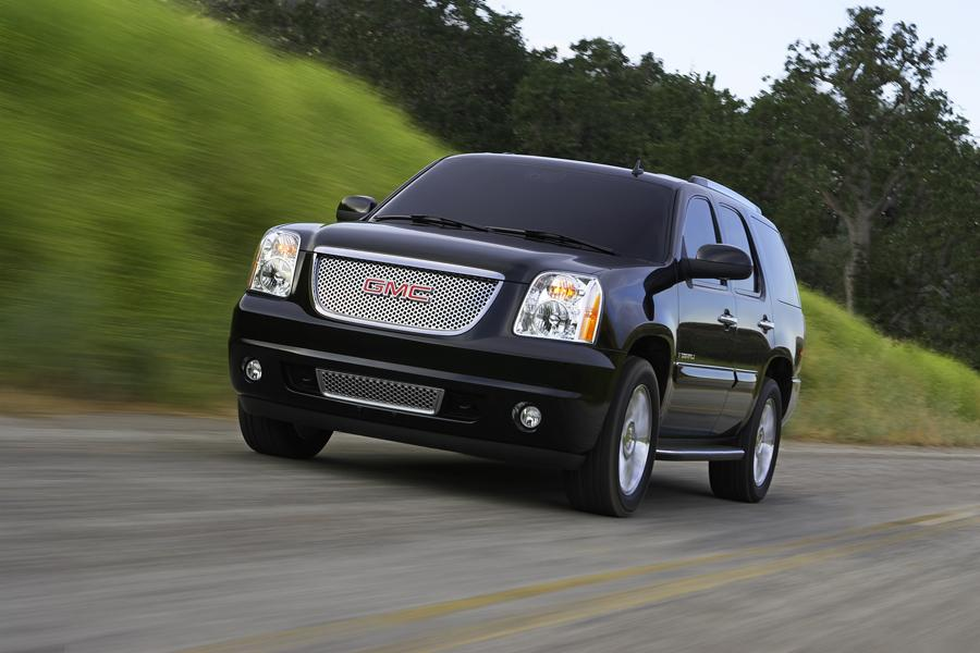 2008 GMC Yukon Photo 2 of 4