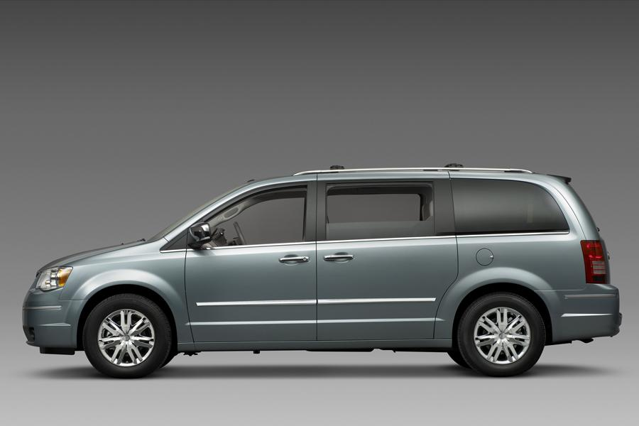 2008 chrysler town country reviews specs and prices. Black Bedroom Furniture Sets. Home Design Ideas