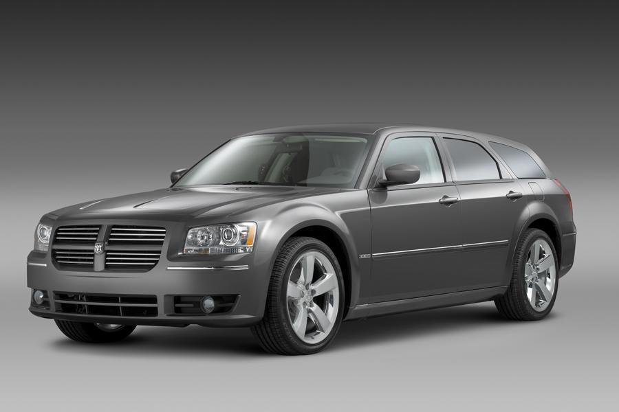 2008 Dodge Magnum Specs Pictures Trims Colors Cars Com