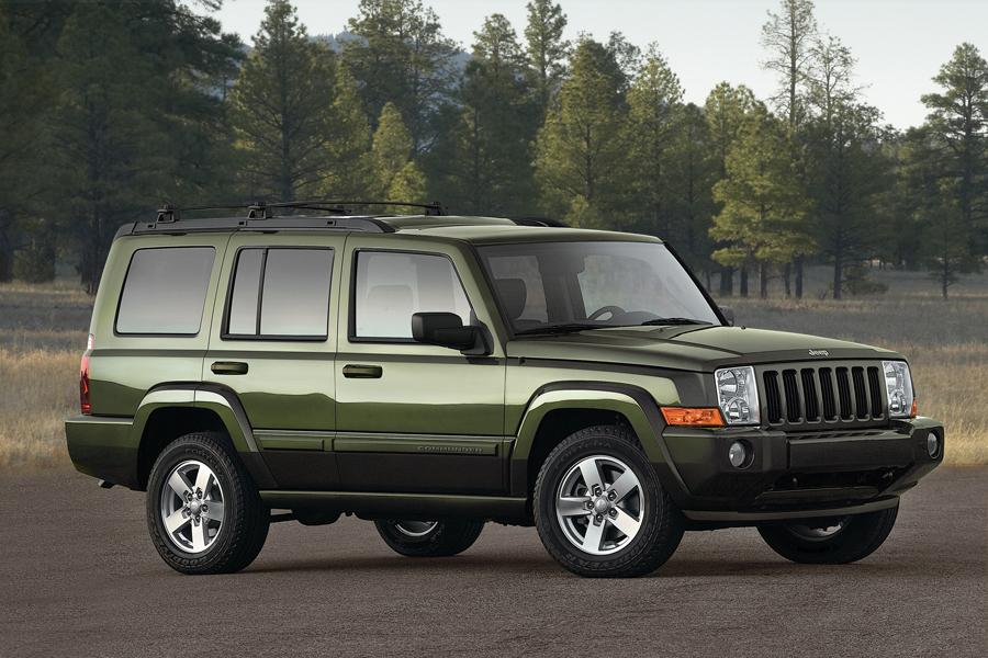2008 Jeep Commander Photo 2 of 5