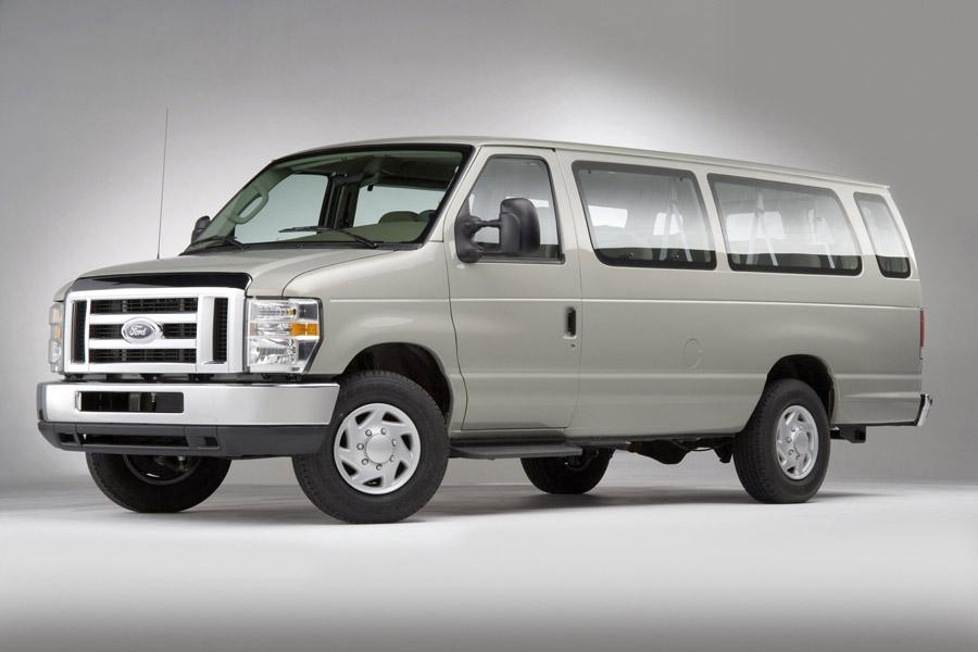 2008 Ford E150 Photo 2 of 7