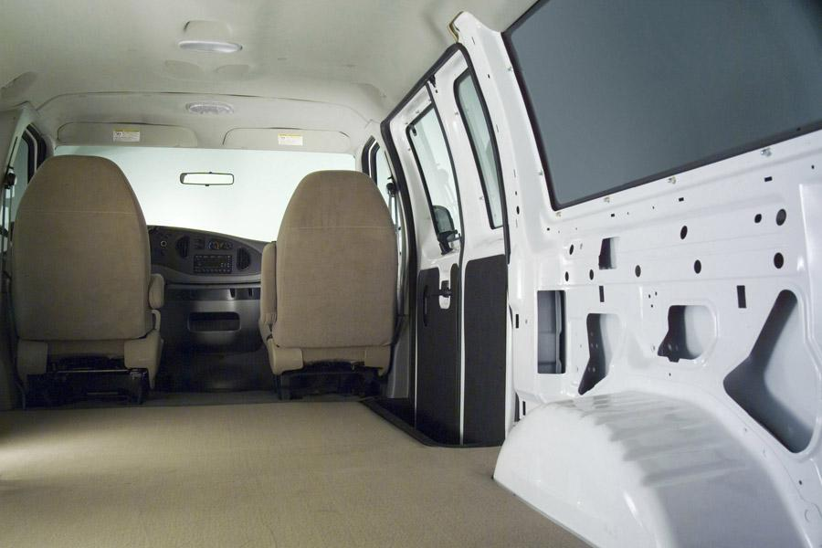 2008 Ford E150 Photo 6 of 7