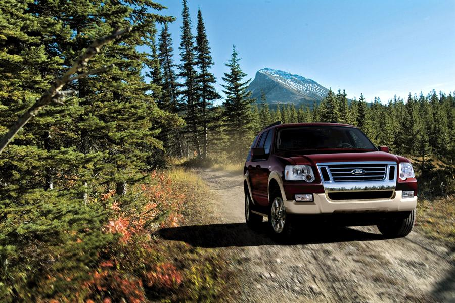 2008 Ford Explorer Photo 2 of 7