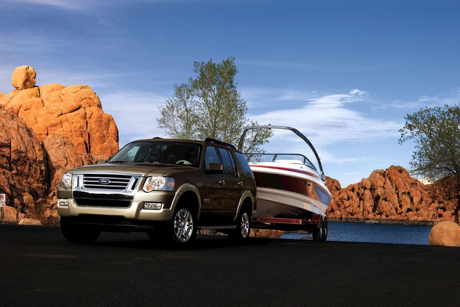 2008 Ford Explorer Photo 4 of 7