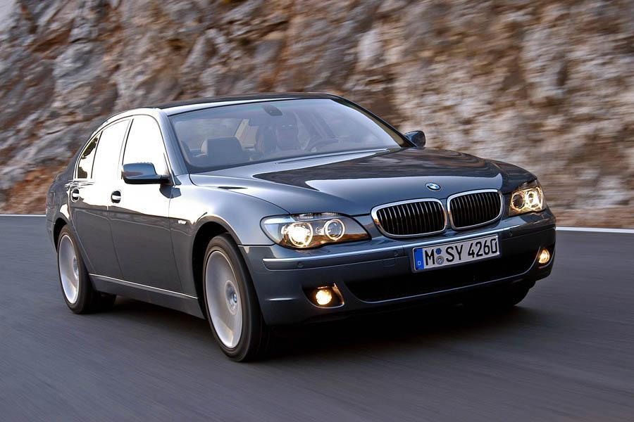 2008 BMW 750 Overview