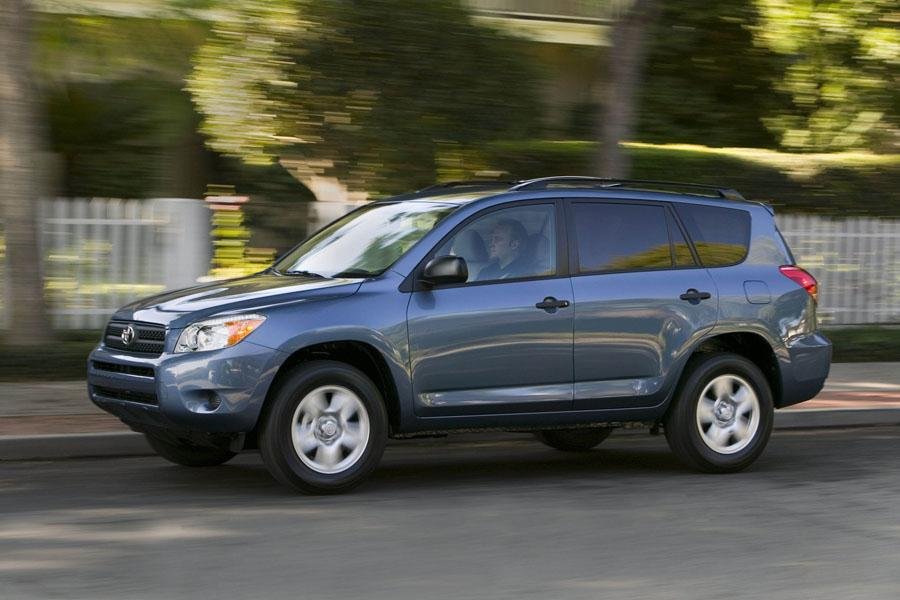 2008 toyota rav4 reviews specs and prices. Black Bedroom Furniture Sets. Home Design Ideas