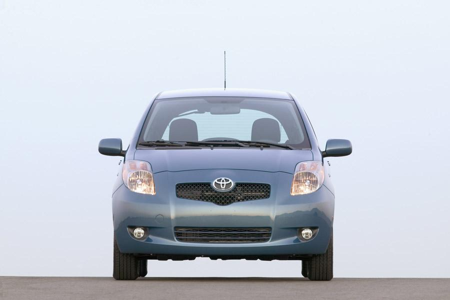 2008 Toyota Yaris Photo 4 of 12