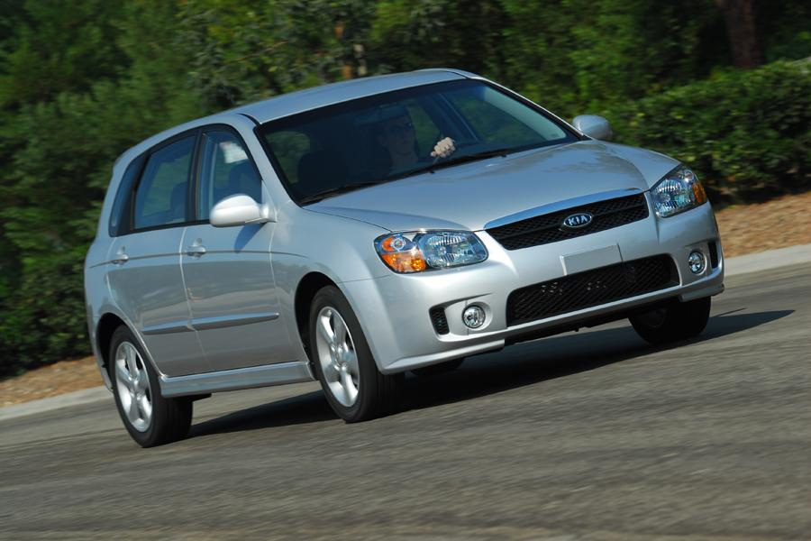 2008 Kia Spectra5 Photo 2 of 8