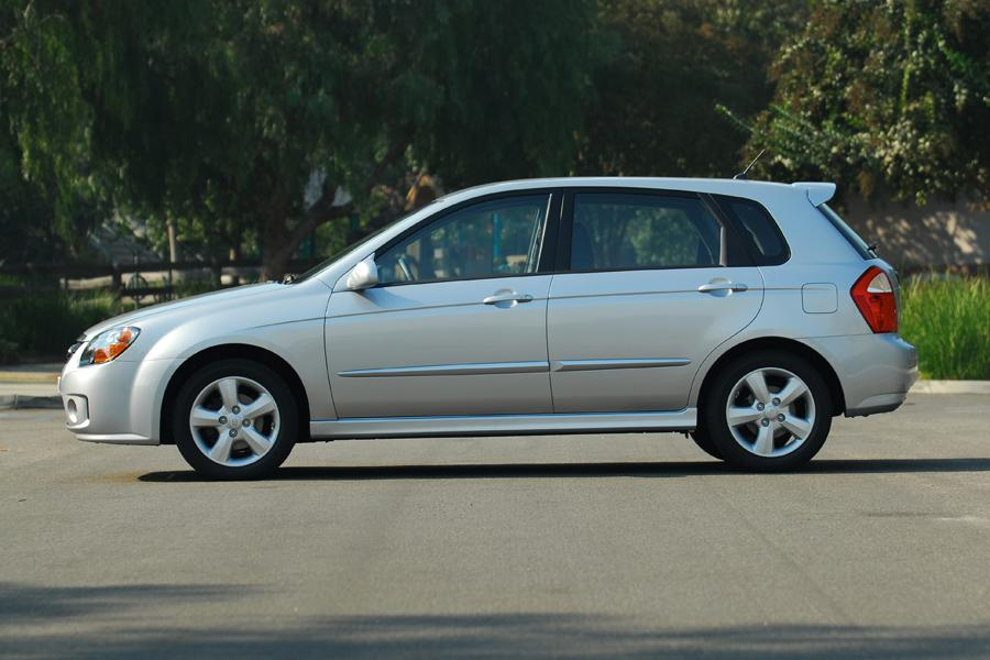 2008 Kia Spectra5 Photo 4 of 8